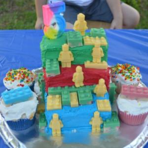 DIY LEGO Cake with candy LEGO men and LEGO blocks